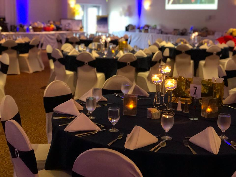 Gala table setup